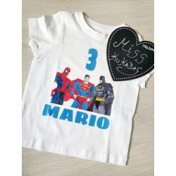 Camiseta cumple súper heroes